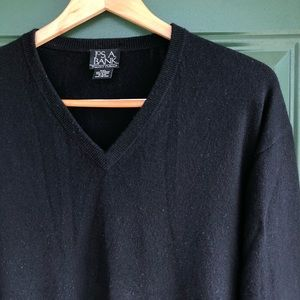Jos. A. Bank Sweaters - Jos. A. Bank 100% Cashmere V-Neck Sweater Black